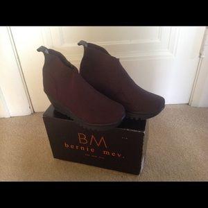 Bernie Mev booties in chocolate brown